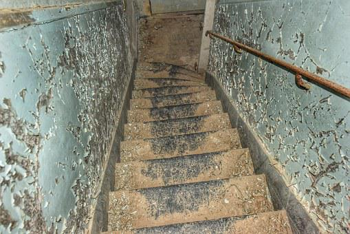 Expired, Leave, The Construction, Stair, Act