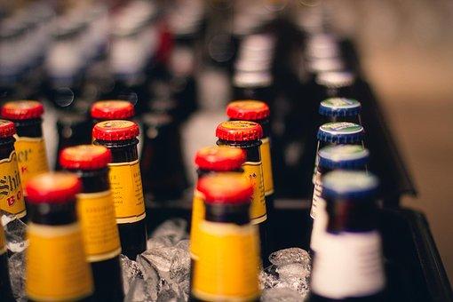 Beer, Drinks, Bar, Glass, Beverage, Alcohol, Group