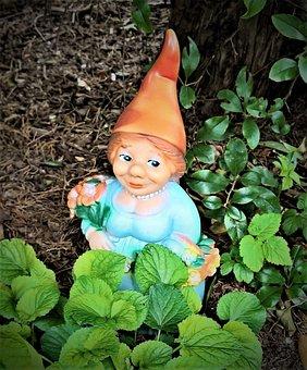 Garden Gnome, Garden Dwarf, Woman, Small Figure, Garden