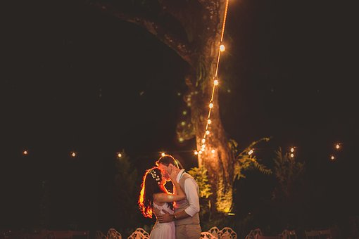 Marriage, Casal, Lights