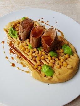 Food, Pigs Virgin, Chickpea Cream, Main Course