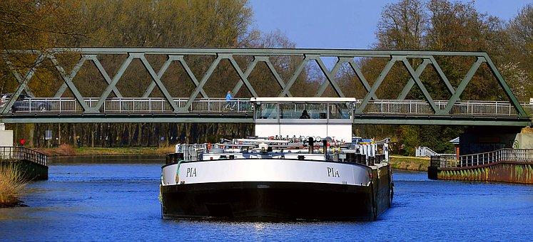 Water Transport, Shipping, Waterway, Frachtschiff