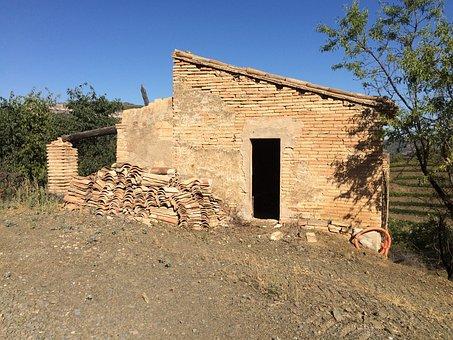 Vineyard, Spain, Cottage