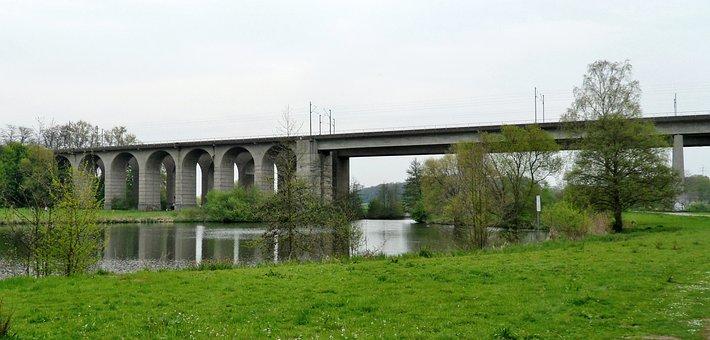Viaduct, Upper Lake, Nature