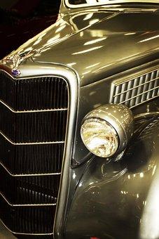 Vintage Car, Grill, Headlight, Hood, Fender, Louvers