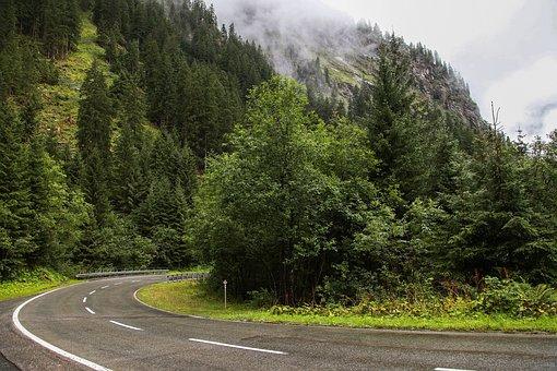 Austria, Voralberg, Montafon, Serpentine, Mountains