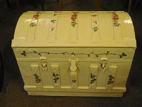 Hope Chest, Chest, Box, Wooden, Treasure, Old, White