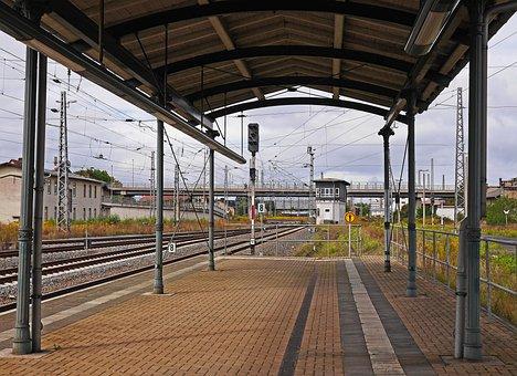 Mountain Scene, Platform, Canopy, Tracks, Signal Box