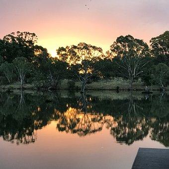 Mirror Image, Water, Goulburn Weir, Nagambie, Victoria