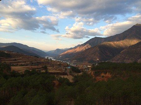 Yunnan Landscape, Than Views, Clouds