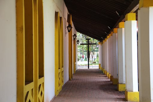 Floor, Away, Colonial Style Hall