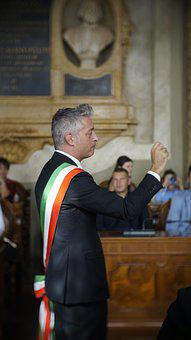 Profile, Character, Man, Italian Mayor, Hosting