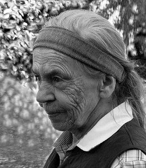Senior, Seniorin, Grandma, Old People's Home, Woman