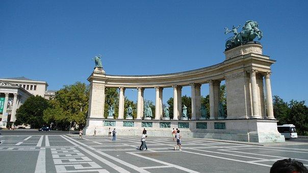 Budapest, Square, Central1