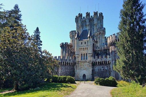 Castle, Butron, Bizkaia, Vizcaya, Euskadi, Fortress