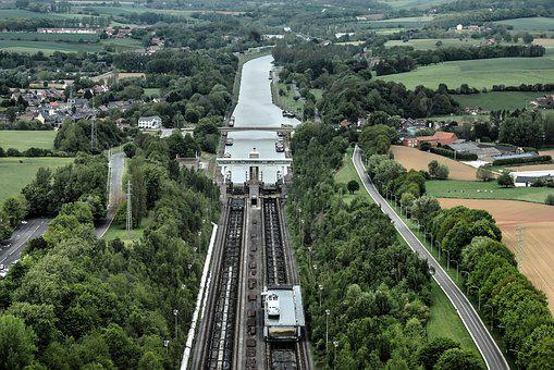 Inclined Plane Of Ronquières, Hoist