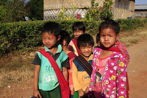 Myanmar, Kakku, Kids