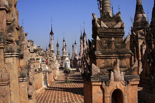 Myanmar, Kakku, Pagodas