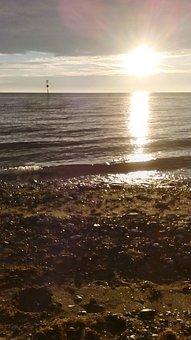 Sun, Set, Beach