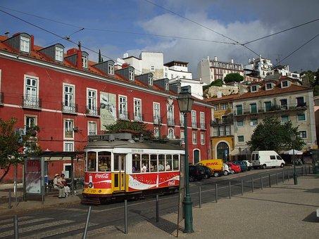 Alfama, Lisbon, Tram
