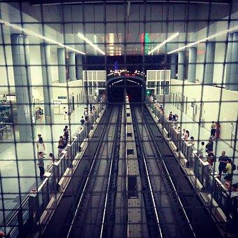 Beijing, Metro, West Red Door