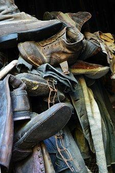 Shoes, Old, Debris