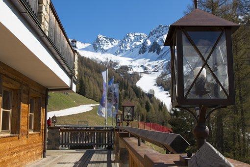 Mountain, Chalet, Snow, Trentino, Sudtirol, Light Bulb