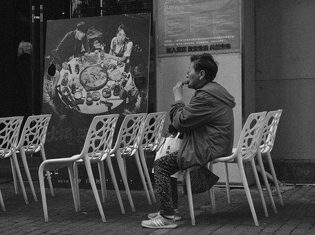Shanghai, Granny, Alone