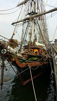 Ijmuiden, Sailing Boat, French Lily