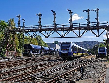 Railway, Gleise, Gantry, Bad Harzburg, Station Exit