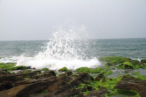 Spray, Foam, Sea, Green Stone Trough, Rocky Shore