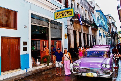 Vat, Havana, Ancient City, Street, Old Car