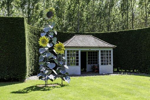 Garden Sculpture, The Sunflowers, The Botnar Collection