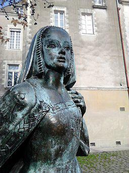 Nantes, Anne, Duchess Of Brittany, Statue, Woman