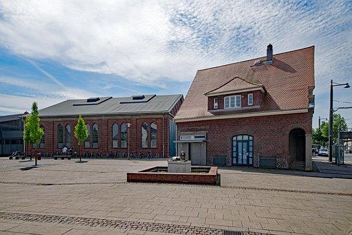 Darmstadt, Arheilgen, Hesse, Germany, Old Town