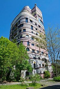 Forest Spiral, Hundertwasser House