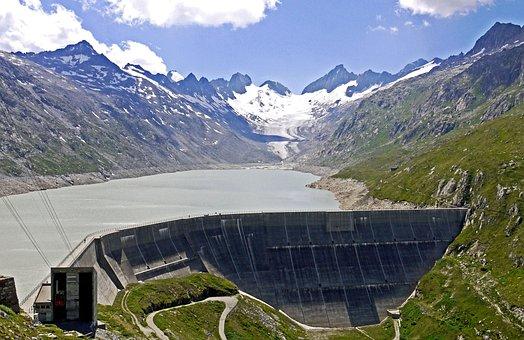 Switzerland, Oberaarsee, Aare, Aarequelle