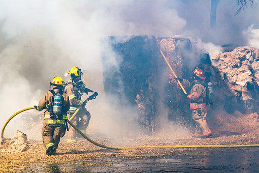Fire, Palatka Florida, Hay Bales, Firefighters