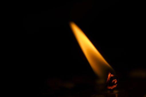 Flame, Candle, Ali, Macro, Hot, Wind, Oil Lamp, Light