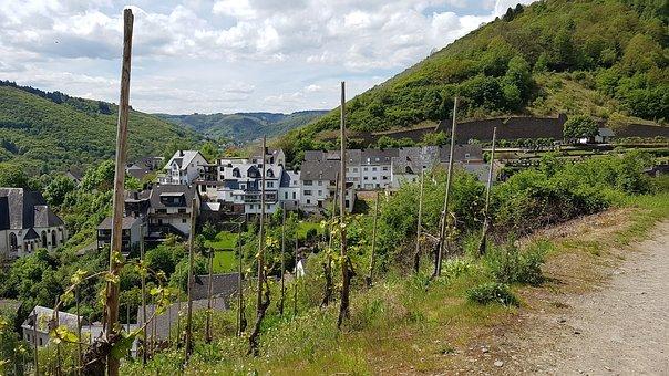 Town Of Klotten, Mosel, Wine