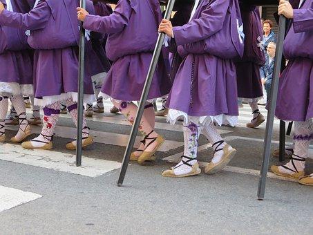 Semana Santa, Murcia, Nazarenos
