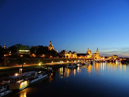 Dresden, Germany, Terrassenufer, Altstadt, History