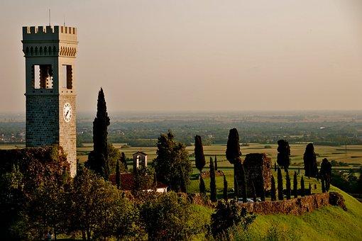 Fagagna, Italy, Castle