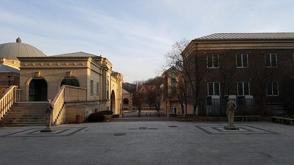 Hallyu Training Center, Morning, Building