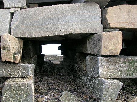 Cribstone, Detail, Bridge