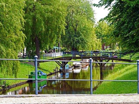 Canal, Friedrichstadt, Dutch Settlement, Boats, Bridges