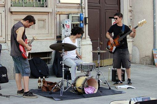 Musicians, Street Performers, Guitars, Battery, Milan