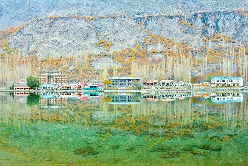 Lower Kachura Lake, Shangrila Lake, Skardu, Pakistan