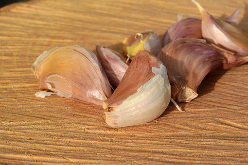 A Clove Of Garlic, Garlic, Flavoring Dishes