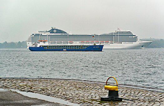 Kieler Firth, Harbour Entrance, Cruise Ship, Freighter